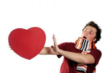 למה אנחנו פוחדים מקרבה, אינטימיות, מיניות ואהבה